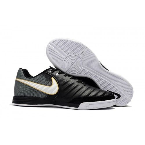 competitive price 40a98 df899 Nike Tiempo - Chuteira Futsal Nike Tiempo Ligera IV IC Preto Branco   Football  Pinterest  Futsal shoes, Nike and Sneakers nike