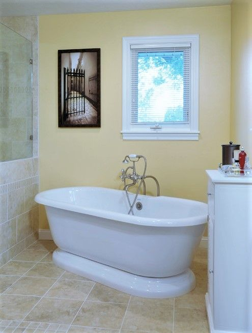 Pedestal Double Ended Bathtub In 2021 Yellow Bathrooms Garden Tub Decorating Free Standing Tub