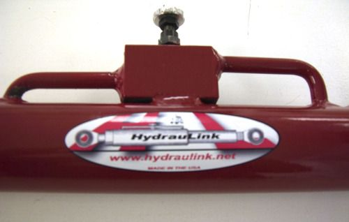 Customer Image Gallery for HydrauLink Category 2 Cylinder - For 40 - 100 HP Tractors, Model# HL-102