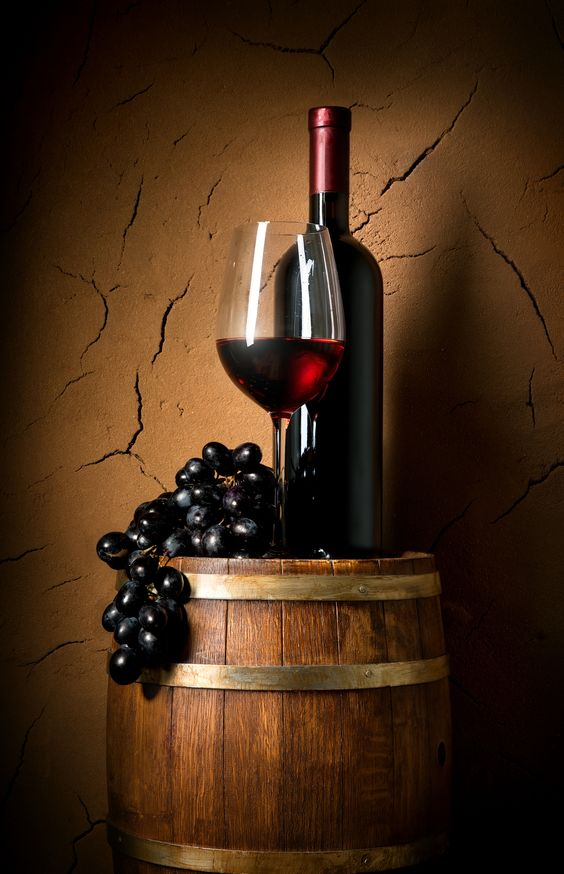 To oak or not to oak? Exploring the influence of oak on wine.