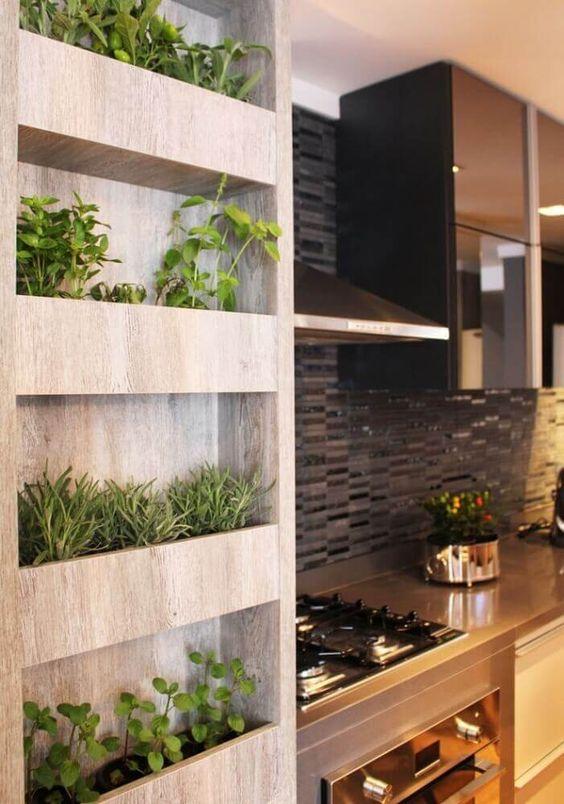Built-In 'Mini Bookshelf' Herb Garden #herbgardening #herbgarden