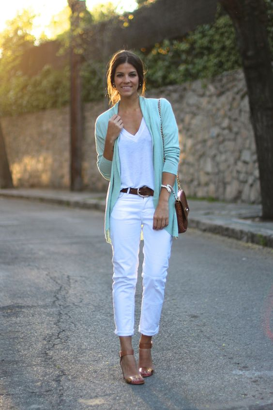Trendy Taste Wearing Jacket From Riverside, Jeans And T-shirt From Zara, Bag From The Code Strap And Sandals From Vince Camuto