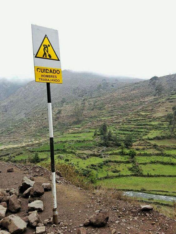 Señalización en carreteras peruanas, viajes inolvidables