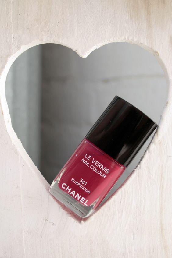 Chanel nagellak 561 Suspicious – Collection Les Essentiels de Chanel | iOnTrend