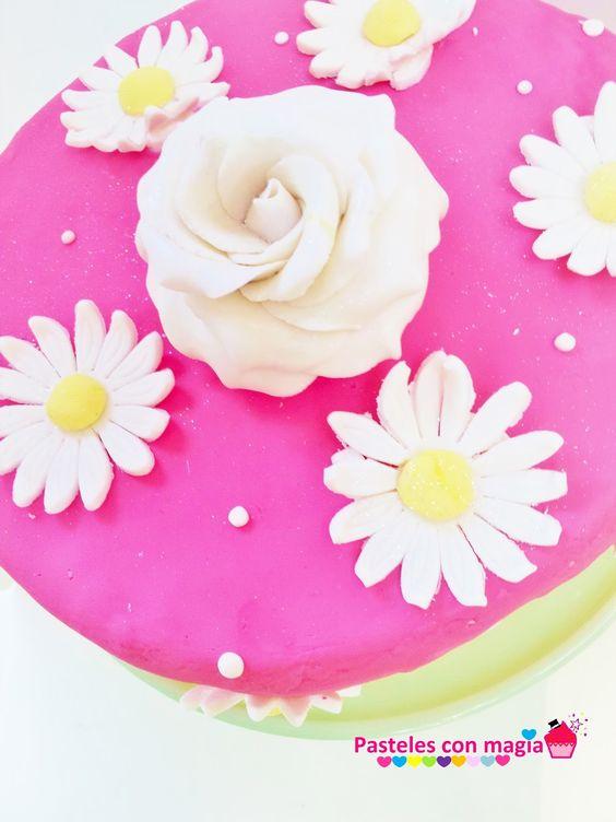 Tarta rosa y margaritas - cake  rose and daisies