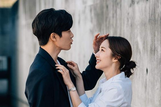 """Kim Jae Wook And Park Min Young Are A Sweet Duo Behind The Scenes Of """"Her Private Life"""""""