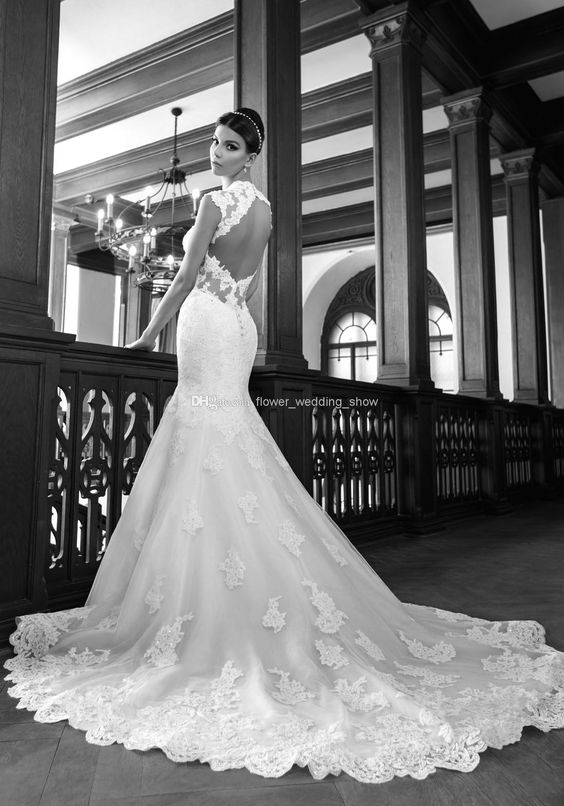 2014 White Lace Mermaid Long Sweep Train Wedding Dresses Portrait Backless Queen Anne Neck Open Back Organza Appliques Get Free A Veil