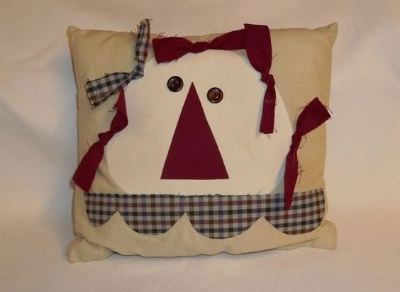 Primitive Look Raggedy Ann Annie Decorator Accent Pillow Homemade   A