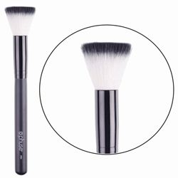 Powder To The People Powder Buffer Brush  Casting a glare? Have an unsightly blemish? Cast it away with the Phuse™ Powder to the People powder buffer brush. Designed to apply powder foundation, the dense, flat-head bristles provide focused spot and full-coverage. Perfectly even finish, with no shine, Powder to the People it's a beautiful life.
