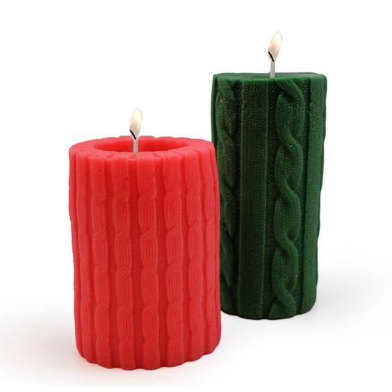 """Hacer Velas de Lana. Se va acercando la Navidad y ya vamos preparando regalos y detalles, incluso decoraciones para la temporada navideña. Hoy os vamos a enseñar a Hacer Velas de Lana, pero sólo """"de lana"""" por su forma, no por el material por el que está hecho."""