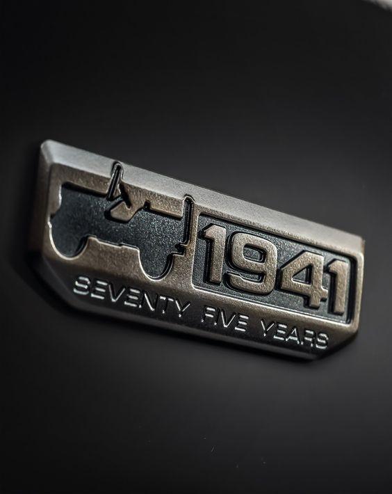 Jeep Grand Cherokee SRT Night, 75th Anniversary & Vintage Models Geneva-Bound