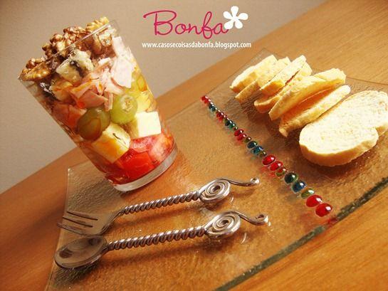 """Casos e Coisas da Bonfa: Meus primeiros """"verrines"""": porções individuais de comidinhas para servir em taças ou copos de vidro"""