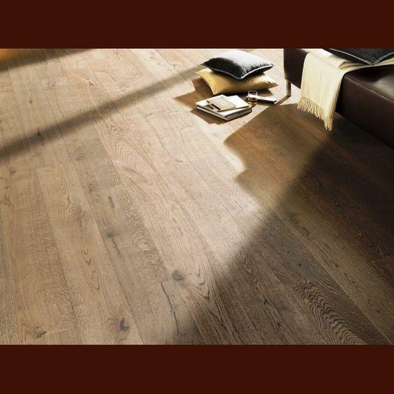 Q STYLE KARTÁČOVANÁ dubová podlaha masivní 15 x 95 x 450-1200 mm olejovaná