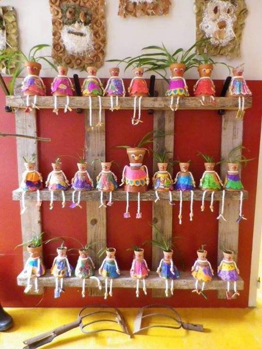 Deco veranda figurines ins rer entre les pots de for Decoration jardin maternelle
