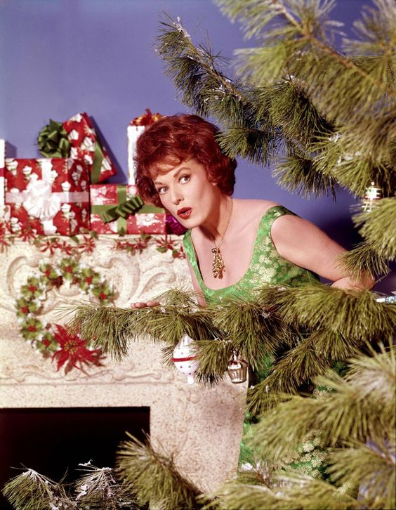 Christmas. Maureen O'Hara ~ thanks for the great movies ~ rest in peace: