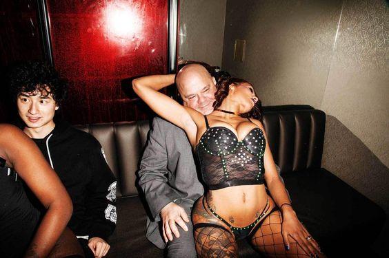 Vinte Horas num Clube de Striptease em Nova York | VICE | Brasil