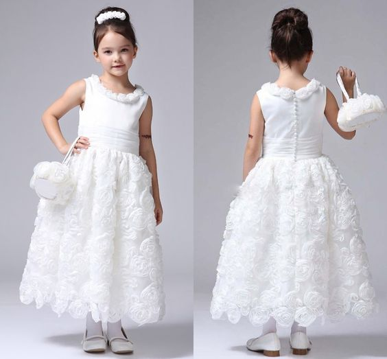 Find More Flower Girl Dresses Information about 2015 Flower Girl New Hand Made Flowers Girls Pageant Dresses Scoop A Line Appliques Organza Flower Girl Dresses AB50,High Quality dress straight,China dress faviana Suppliers, Cheap dresses fiesta from Suzhou Romantic Wedding Dress Co. Ltd on Aliexpress.com