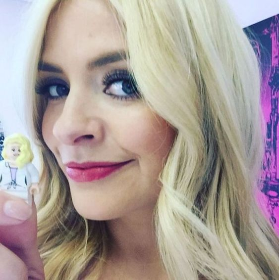 holly willoughby | Acupuncture Alternative therapists Amatsu Chiropractors…