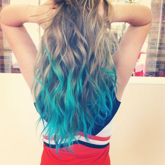 Blue dip dyed hair on blonde hair 2017