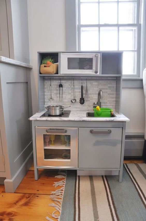 My real life, grown-up kitchen isn't even as nice as some of these DIY play kitchens that some very stylish parents have put together for their tiny tots.