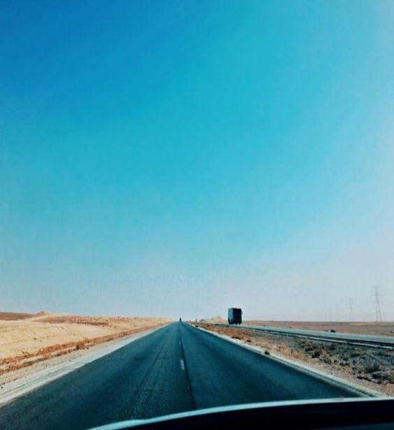 Always heaven to drive along the breathtaking view of Jordan Desert. #RodTrips