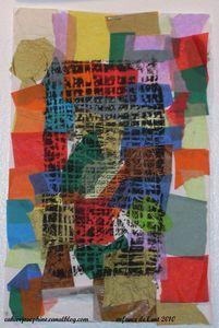 Sur des carrés de papier de soie juxtaposés et collés, imprimer avec la technique d'une plaque de polystyrène gravée. enfart10g11