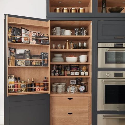 Деревянный холодильник