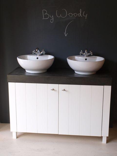~ Landelijk en stijlvol badkamermeubel ontworpen en gebouwd door WOOD4