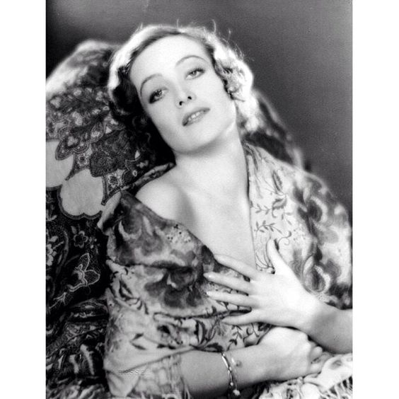 Joan Crawford photographed by Edwin Bower Hesser, 1929. #JoanCrawford #actress #hollywood #oldhollywood #vintage #classic #1920s by welovejoancrawford - http://sfluxe.com/2013/07/27/joan-crawford-photographed-by-edwin-bower-hesser-1929-joancrawford-actress-hollywood-oldhollywood-vintage-classic-1920s-by-welovejoancrawford/