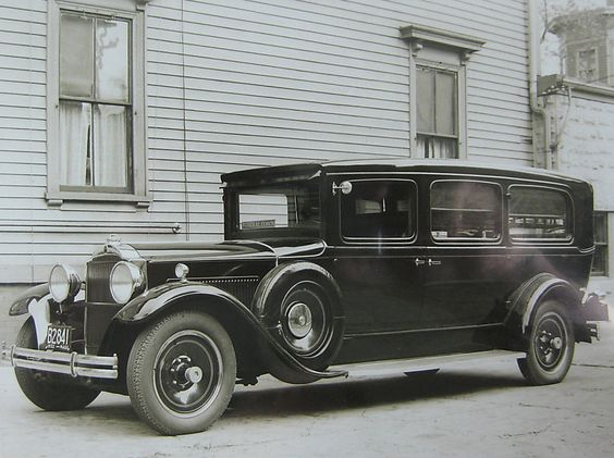 1932 Packard hearse