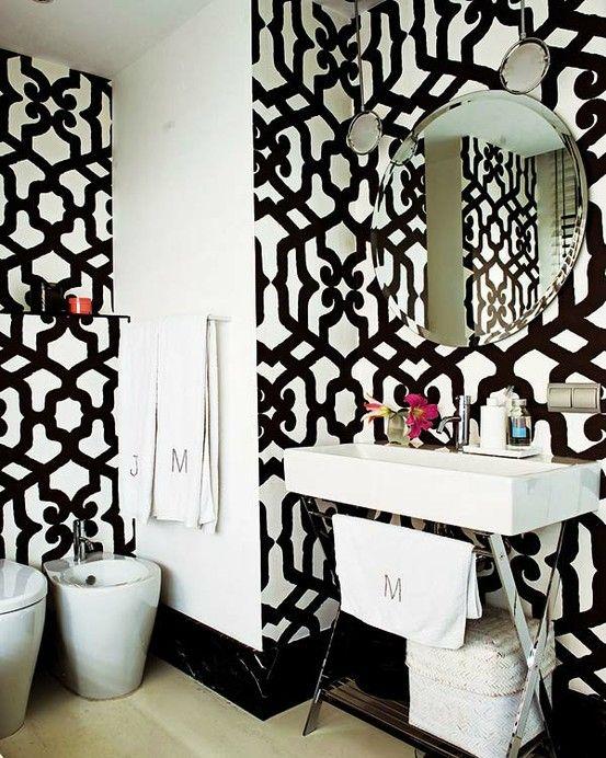 Gewaagde zwart witte badkamers   Éénig Wonen