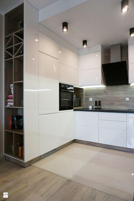 Pretty Modern Kitchen