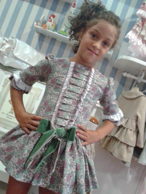 vestido con lazo