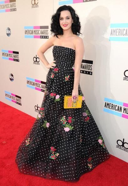 Katy at the AMAs 2013