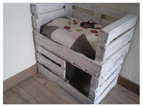 Gatificación: Una cama con refugio para tu gato con cajas de fruta: