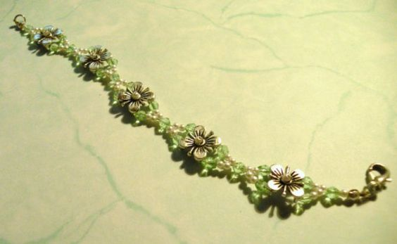 Spring Flowers in Green Glass and White Pearls Bracelet by TriannasTreasures
