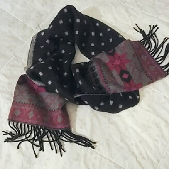 Cute scarf! Worn 2x no damage. Super soft and warm. Reversible, black one side light grey the other side. Feel free to make an offer. Last pic shows more of true color of the pink and red pattern. Merona Accessories Scarves & Wraps