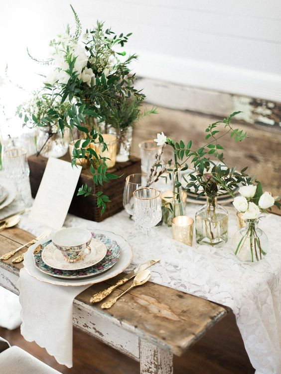 Elegant Winter Wedding Inspiration in a Chic Palette of Green, White and Gold: