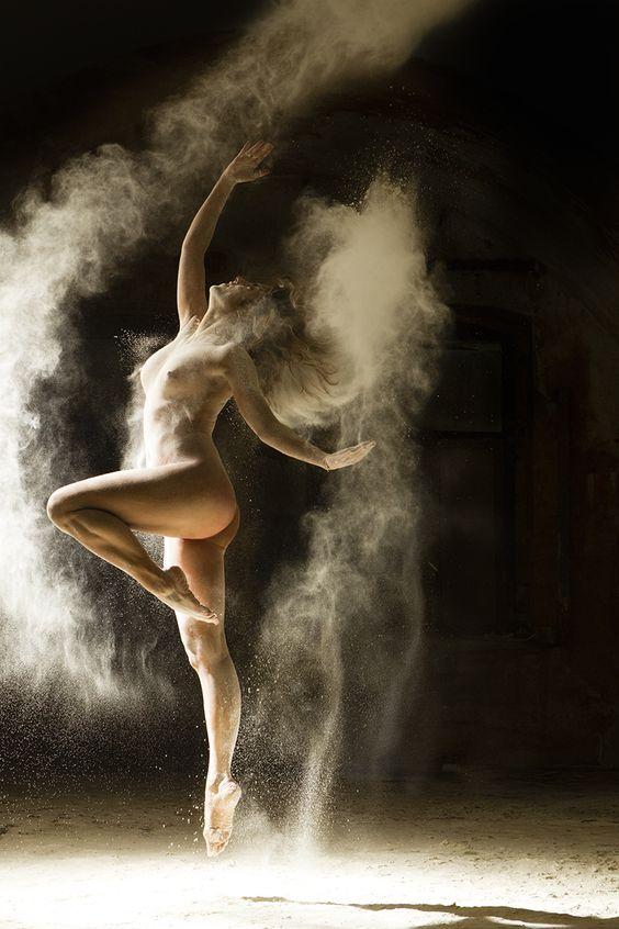 Poussière d'Etoile, des danseuses posent pour le photographe Ludovic Florent | Graine de Photographe The Blog