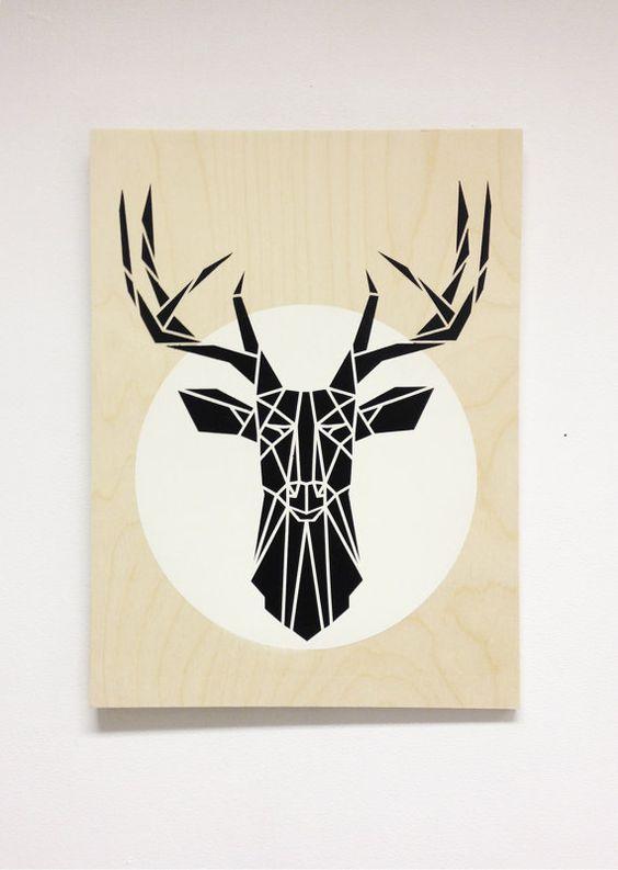 Cabeza de ciervo minimalista en madera contrachapada por Stencilize