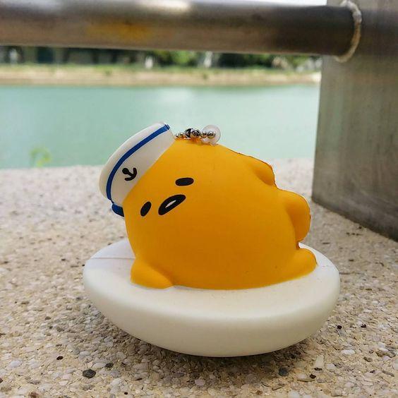 kuriko12:  nice weather #gudetama #ぐでたま #squish #summer #sailor