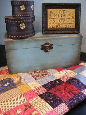 quiltbox and lovely quilt