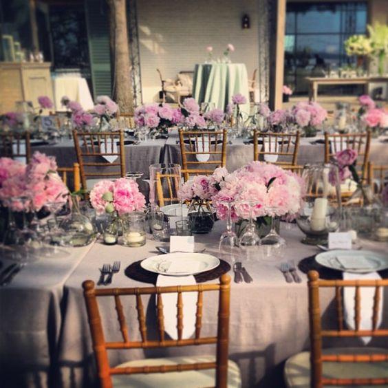 Peony love ! Events by Jackson Durham #jacksondurham  #wedding #weddingflowers #floral #flowers #floraldesign #events #eventdesign #dallasarboretumandbotanicgardens