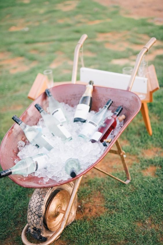 Copper wheelbarrow wine cooler: http://www.stylemepretty.com/australia-weddings/western-australia-au/capel/2016/01/28/rustic-western-australia-wedding/ | Photography: Ben Yew - http://benyew.com/