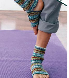 yoga socks! i bet i could figure out how to crochet somethin' like this...