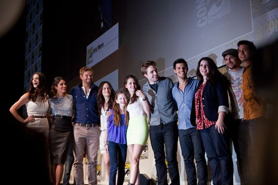 The cast of Twilight at #SDCC
