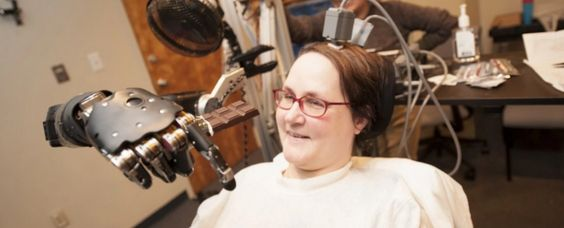 Huge step forward for mind control: a 55-year-old quadriplegic named Jan Scheuermann has successfully used nothing but her thoughts to control an F-35 fighter jet & a single-engine Cessna in a flight simulator. The achievement is the result of 2 years of training as part of the US Defence Advanced Research Projects Agency (DARPA) Revolutionising Prosthetics program.