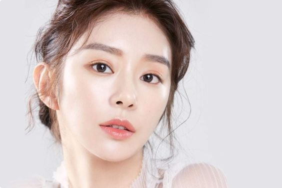 Actress Lee Joo Bin To Take Legal Action Against Misuse Of Her Photo