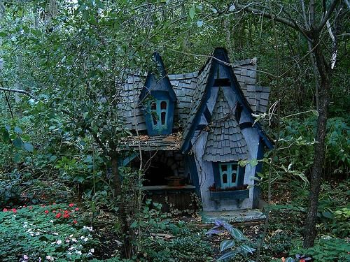 Omg yes i would love to be the witch in hansel and for Hansel and gretel house plans