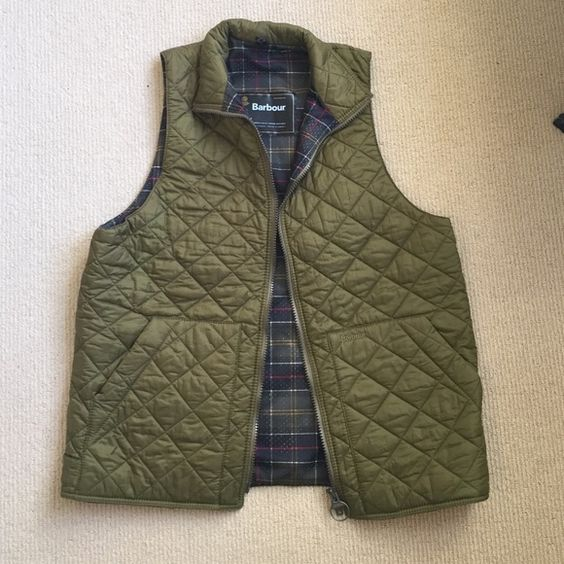 Barbour Vest An XL Green Barbour best. I paid 300 and bought it for my dad but he doesn't wear it so I'm selling it. It's never been worn and is a great Christmas gift! Can be worn oversized by a girl as well Barbour Jackets & Coats Vests